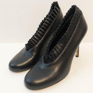 Kate Spade ruffle black high heel size 8.5
